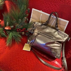 MAKE A OFFER Silver leather Michael Kors tote Tag
